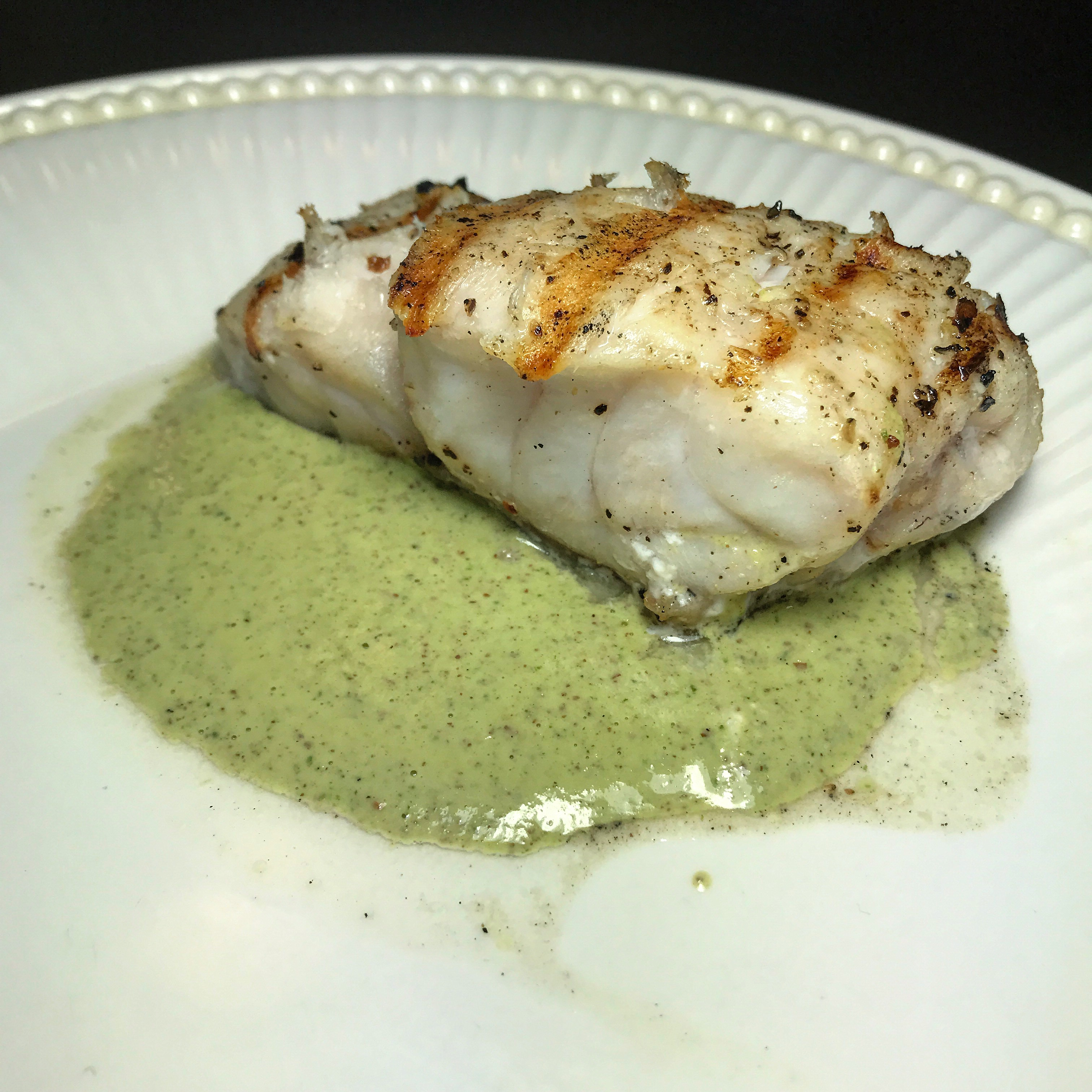 Grilled grouper with lemon parsley sauce